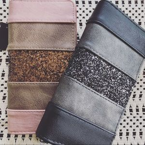 Blush or Black Glitter Zippered Wallet